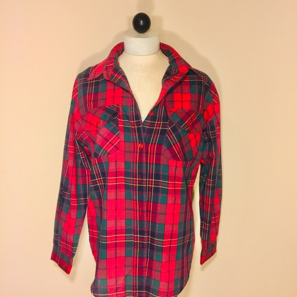 CARRE AU SPORT Tops - CARRE AU SPORT- Red/Green Plaid Button down Top-S